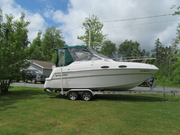 Used 1998 Four Winns vista 238