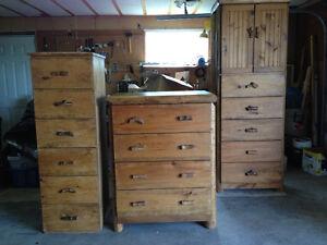 Custom bedroom set log wood heavy duty rustic