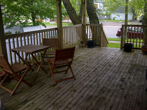 ALL INCLUDED - VICTORIA PARK - BIG DECK! AVAILABLE NOW!