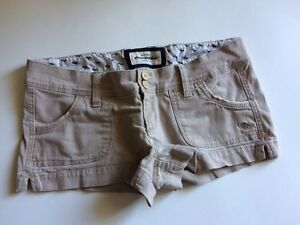 Abercrombie • Size Small (0-2)