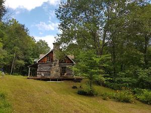 Maison traditionnelle québécoise à louer  /  Heritage Quebec Fa