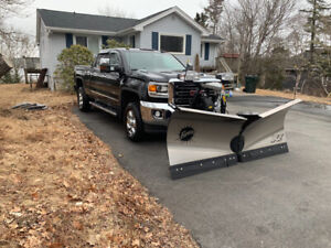 """REDUCED"" 2017 GMC 2500 Duramax Diesel and 8'6"" Fisher XV2 Plow"