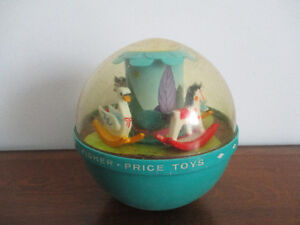 Poly  Chime Ball Fisher Price Vintage  Musical 165