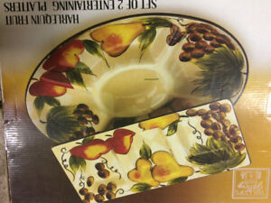 set of two entertaining platters