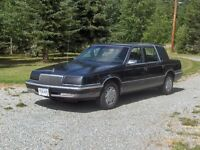 1993 Chrysler New Yorker 5th Avenue Sedan