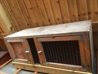 Small Guinea pig hutch 3ft