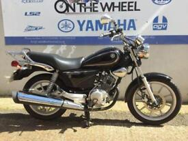 2016 16 YAMAHA YBR 125 CUSTOM BLACK - VERY LOW MILEAGE!