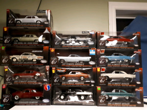 Assorted Highway 61 1:18 diecast Chevrolet and Dodge, Plymouth
