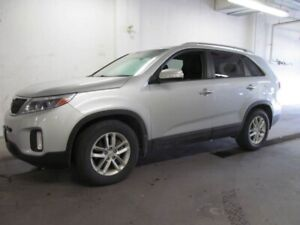 2015 Kia Sorento LX - Alloys, Bluetooth, Satellite Radio and mor
