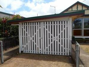 Pet friendly 3 bedroom cottage easy walk to the bay waterfront Scarborough Redcliffe Area Preview
