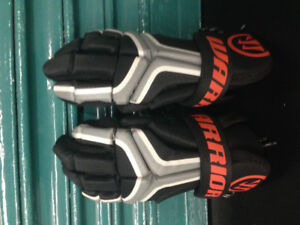"Warrior ""Burn"" Lacrosse Gloves - Peanut"