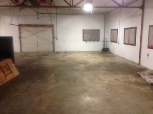 1200 sq. ft heated shop with office, in west end (Hamptons)