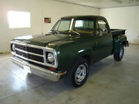 1980 Dodge  SHORTBOX,   MUST  BE  SEEN    !!!!!!!!!!