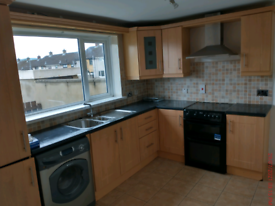 Antrim Town,3 bed mid terrace house for rent