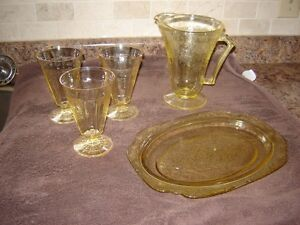 DEPRESSION DISHES , GREEN CANDY DISH London Ontario image 7