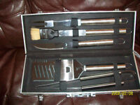 5 piece BBQ set with case