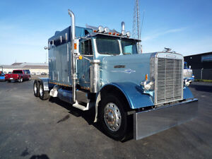 1988 Freightliner Cat power, 110 inch bunk Kitchener / Waterloo Kitchener Area image 5