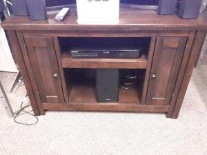 *** USED *** ASHLEY GARLETTI TV STAND   S/N:51214777   #STORE223
