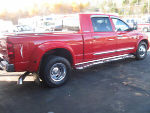 2007 Dodge Ram 3500 Laramie. Low MILES. Warranty. Trades