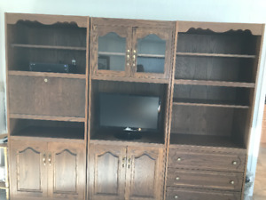 Solid 3 piece oak entertainment centre