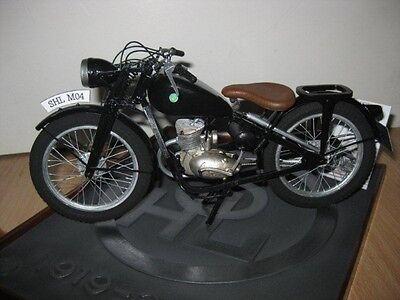 Modelik 04/13 -  Motorrad SHL M04 (1949) mit Lasercutteilen   1:9