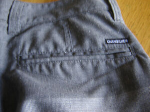 MEN'S/YOUTH NEW QUICK SILVER GREY SHORTS London Ontario image 4