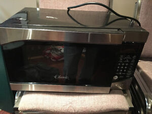 Apartment size Microwave