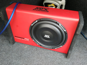 "Slim profile MTX 10"" Thunderpro2 subwoofer with Kicker amp"
