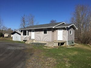 Rural House with a Fairly Large Yard for Rent