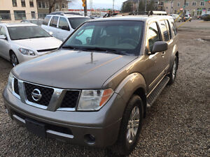 2005 NISSAN PATHFINDER LE VERY CLEAN ONEYEAR WARRANTY