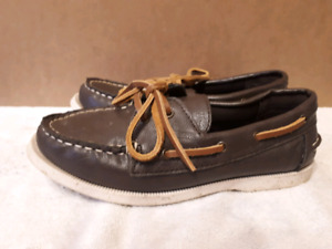 American Eagle Boat Shoes - Boys size 2