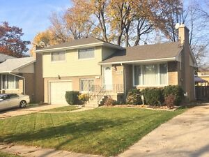 REDUCED!! HOUSE FOR SALE 918 Simpson St. Point Edward