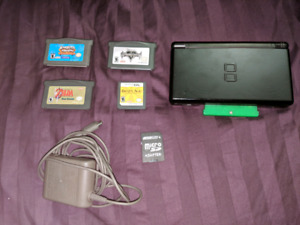 Selling Nintendo DS Lite with Acekard 2 flashcart and games