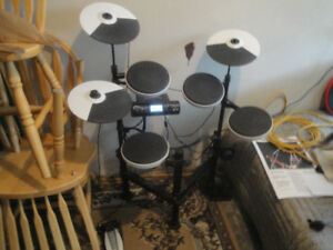 Roland  electronic drums  TD4-KP