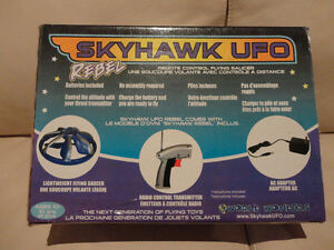 Selling A pair of RARE Early 2000's Skyhawk Flying R/C UFO's Kitchener / Waterloo Kitchener Area image 8