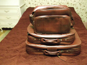 Suitcases - set of 3