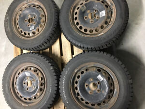 195/65R15 pneus hiver/winter tires + rims volkswagen rabbit