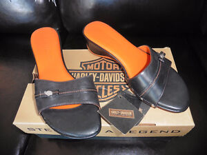 Harley Davidson new womens 6.5 sandals