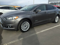 2014 Ford Fusion Titanium Energi financement disponible