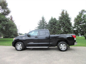 2011 Toyota Tundra SR5 TRD 4WD- Extended Cab.  4 NEW TIRES!!