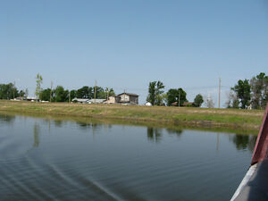 A GREAT PLACE TO RETIRE!  GREAT PICKEREL FISHING!! Regina Regina Area image 4
