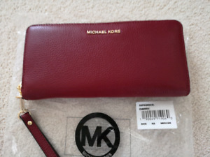 fbc25e6f6db26e Michael Kors Wallet | Buy or Sell Women's Bags & Wallets in Calgary ...