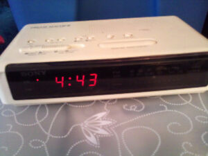 Classic  SONY DREAM MACHINE Clock/Radio - Spotlessly Clean