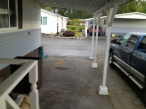 Newly renovated-open concept-2 bedrm double wide trailer