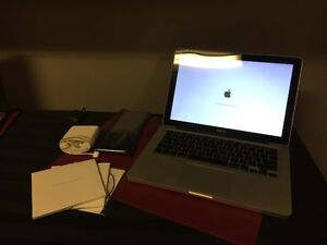 *SOLD* Apple Macbook Pro A1286 Core2Duo 8GB 750GB *SOLD*