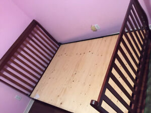 Queen size metal bed frame & plywood board for sale
