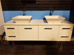 "72"" Wall Hung + Quartz countertop + 2 Sinks *** Clearance Sale !"