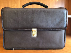 NEW Executive or Lawyer Leather Briefcase