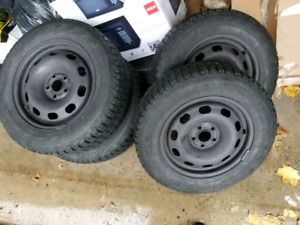 Snow tires and rims 195/65/15   5x100