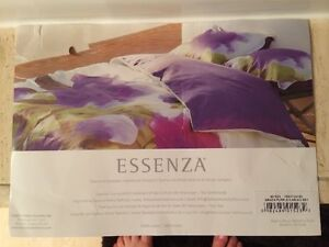 Luxury King Duvet Cover and Shams - new in packaging